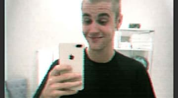 Justin Bieber Shaves Off All His Hair [PHOTOS]