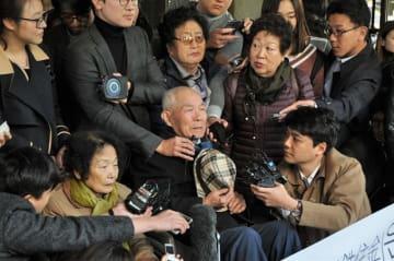 徴用工 国際裁判 裁判 賠償 損害 韓国 日韓 文在寅 安倍 裁判 判決