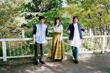 いきものがかりの3人。左から水野良樹さん、吉岡聖恵さん、山下穂尊さん