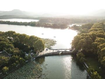 秋晴れの西湖 浙江省杭州市