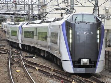 JR東日本のE353系=4月、東京都八王子市
