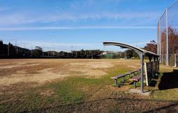 駐車場として整備し直されることになった多目的広場=県立淡路島公園