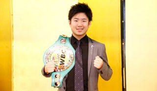 「よりいいボクシングをしたい」と、いつも通り笑顔を輝かせる拳四朗