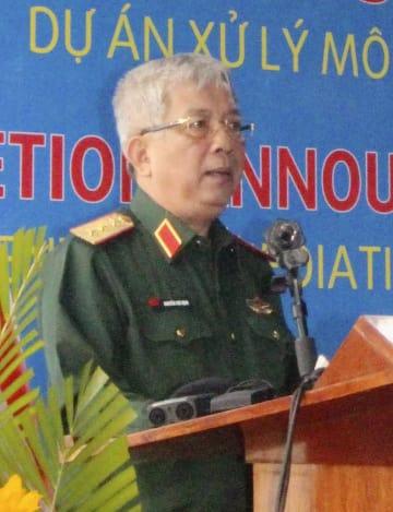 式典であいさつするベトナムのグエン・チ・ビン国防次官=7日、ベトナム・ダナン(共同)