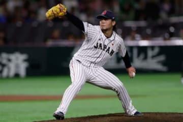 2番手で登板した侍ジャパン・濱口遥大【写真:Getty Images】