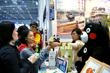 中国国際輸入博に集う世界のグルメ