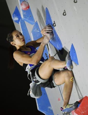 女子リード準決勝 1位で決勝に進んだ野口啓代=倉吉体育文化会館