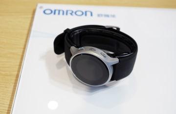 オムロン、世界最薄の血圧計を中国初公開 国際輸入博