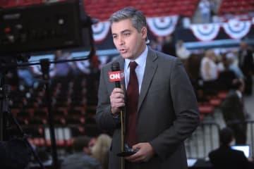 トランプ CNN 記者 アコスタ ジム・アコスタ アメリカ 出入り禁止 中間選挙