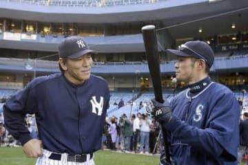 ヤンキースで活躍した松井秀喜氏(左)とマリナーズ・イチロー【写真:Getty Images】