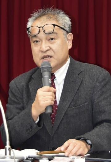 判決後、記者会見に臨む元朝日新聞記者の植村隆氏=9日午後、札幌市
