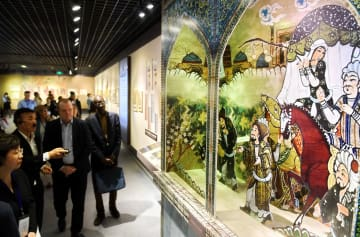 「シルクロード歴史公文書·文献展」、国内外のゲストを魅了