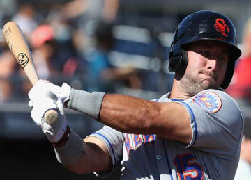 Tim Tebow Hits Walk-Off Single, Game-Winning Hit