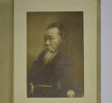 新たに見つかった田中正造の晩年の肖像写真