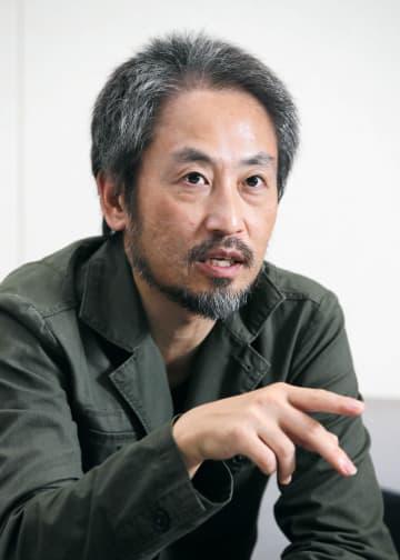 共同通信の単独インタビューに答えるジャーナリストの安田純平さん=10日、東京・東新橋