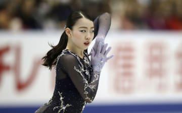 女子フリー 演技する紀平梨花=広島県立総合体育館