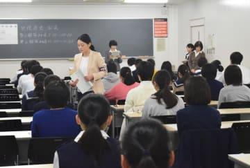 「大学入学共通テスト」の試行調査が始まった千葉大学の教室=10日午前、千葉市稲毛区