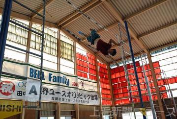 棒高跳びの環境が整う「ベルドーム」