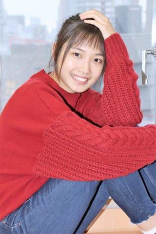 連続ドラマ「中学聖日記」で岩崎るなを演じている小野莉奈さん