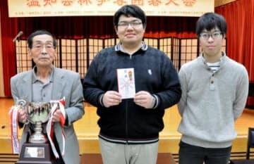 「チーム本名」「福島NTH」優勝 温知会杯争奪囲碁