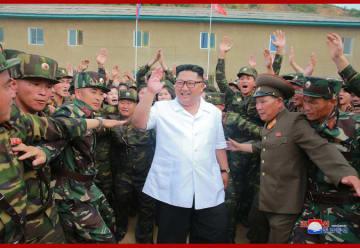 燃料がなく落ち葉を…北朝鮮軍人の「貧乏トーク」に国民もショック