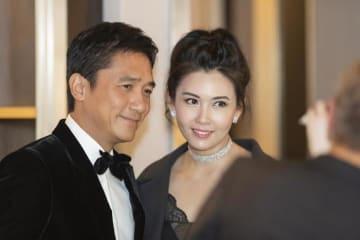 アジア人初の快挙!「チャップリン・アワード」の俳優トニー・レオン、チンミー・ヤウと22年ぶりのツーショットも―中国