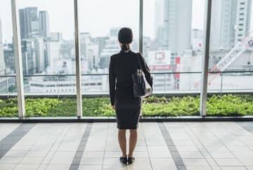 転職希望者の増加で10月転職求人倍率は微減も依然として高い水準が続く
