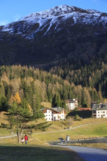 晩秋を迎えたスイスのリゾート地ダボス