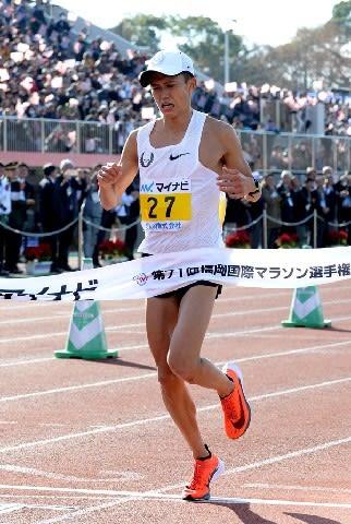"""男子マラソン""""快走""""の理由 低迷抜けた1年、日本新連発の背景にあるものは"""