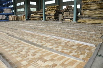 大上木材工業が製造、販売している「コロシート」