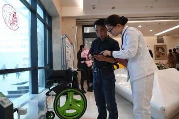 シェア車椅子が患者に好評 甘粛省蘭州市