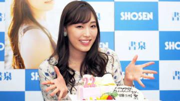 写真集「Makana」の発売記念イベントに登場した「モーニング娘。'18」の譜久村聖さん