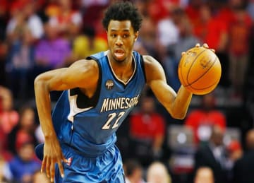 Timberwolves' Andrew Wiggins Nearly Sinks 720 Dunk