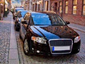 自動車関連税を巡る攻防が激化している。自動車関連税の減税を恒久化するための財源を確保できるかどうかを自動車団体や経済産業省を含め慎重に検討すべきだろう。