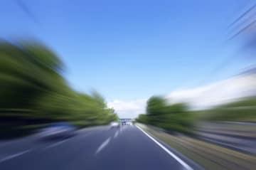 続・「あおり運転」の原因を作るマナー違反(1) 「あおり運転」に暴行罪は朗報