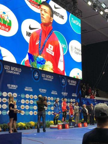 昨年のシニア世界選手権に続き、U-23でも世界一に輝いた文田健一郎