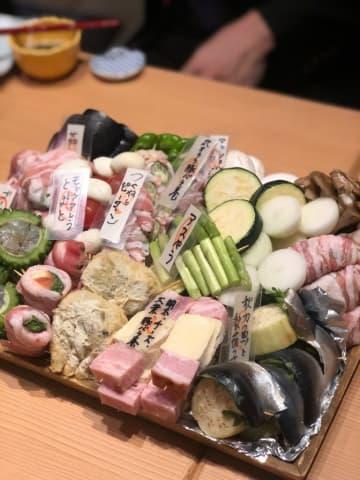 新宿の天ぷら串は盛り上がる要素の連続で忘年会に◎