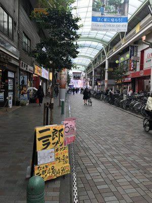 【校正待ち】「5万人がアクセス」「ゆめに出てくるラーメン」赤羽に出現した「二郎」は昭和感がスゴイ!の画像2
