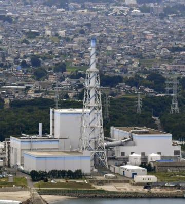 茨城県東海村の日本原子力発電東海第2原発=7月