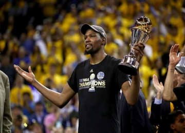 Kevin Durant, Warriors beat Cavaliers 129-120 in Game 5 to win NBA Championship