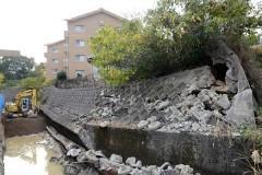 倉敷市営住宅そばののり面が崩壊