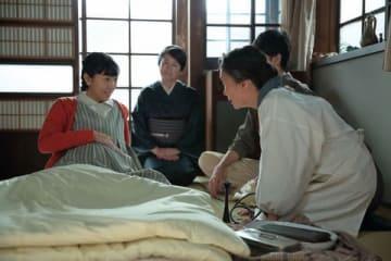 NHKの連続テレビ小説「まんぷく」第8週の一場面 (C)NHK