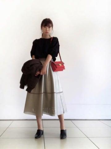 ガーリーな大人のドライブデート♡ 「フレアスカート」を使った王道モテコーデで出かけよう♪