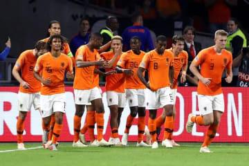 改革を進めるオランダ代表 photo/Getty Images