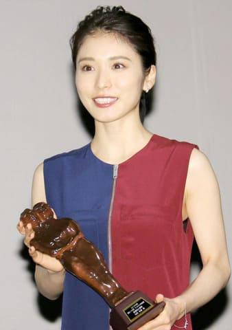 第10回TAMA映画賞の授賞式に出席した松岡茉優さん