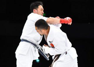 菊野は1回戦で岩崎徳正(数見空手)と空手家対決。TKO勝ちした