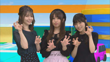 「アニゲー☆イレブン!」の第162回に登場する(左から)Lynnさん、新田ひよりさん、石原夏織さん=BS11提供