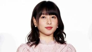 映画「ういらぶ。」の公開記念舞台あいさつに出席した桜井日奈子さん