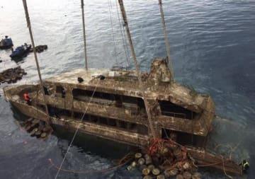 中国人47人犠牲のプーケット転覆事故、ボートを引き揚げ―英メディア