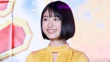 映画「ニセコイ」のスペシャルステージイベントに出席した池間夏海さん